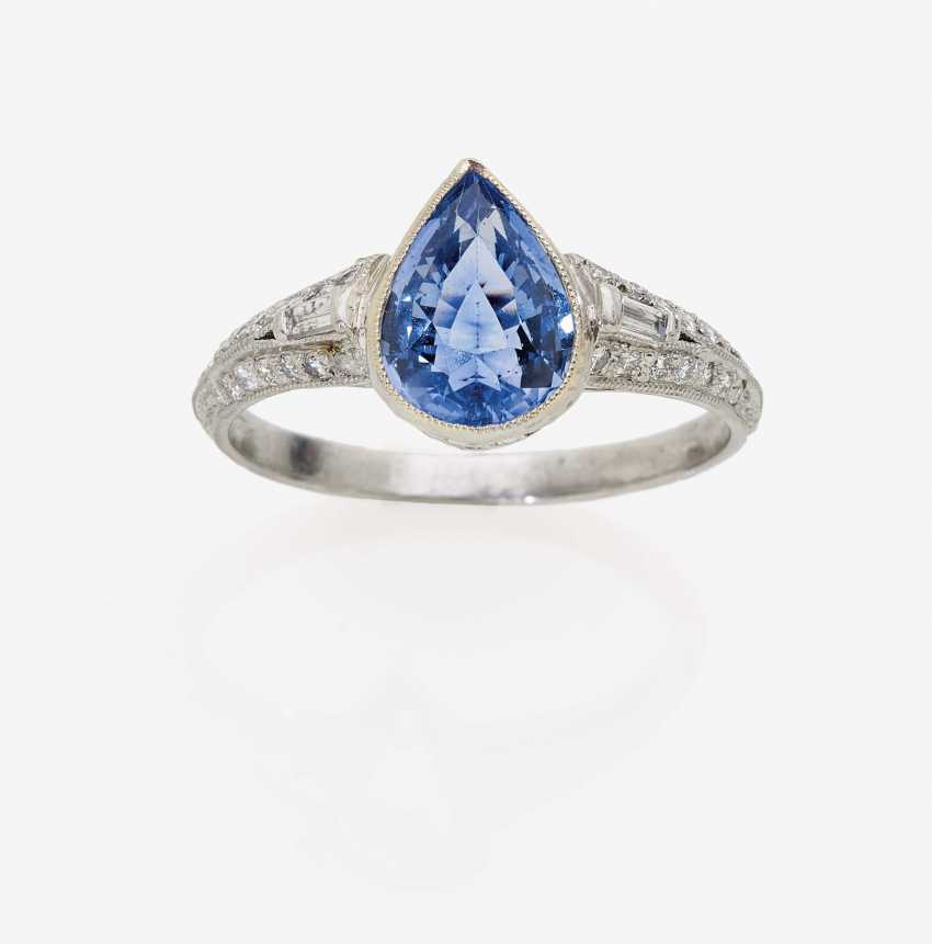 Ring with a sapphire drops and diamonds - photo 1
