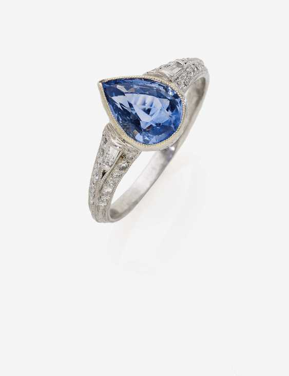 Ring with a sapphire drops and diamonds - photo 2