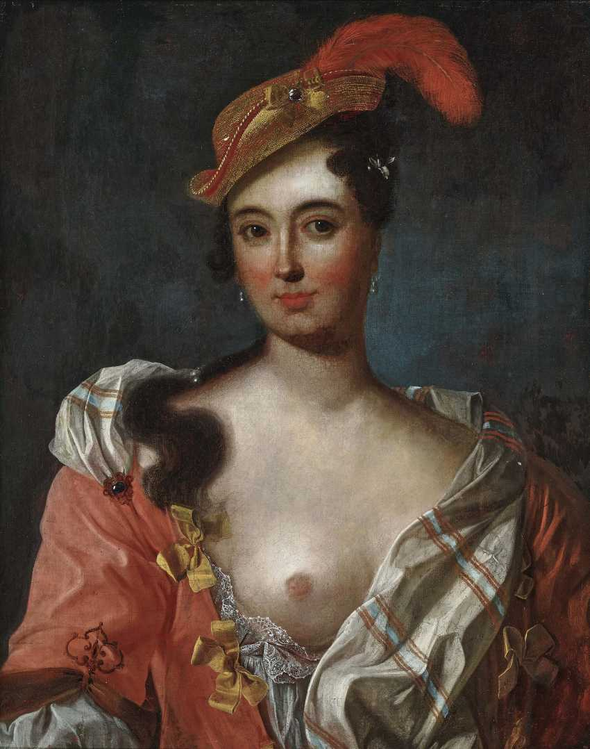 Portrait of a lady with feathered hat - photo 1