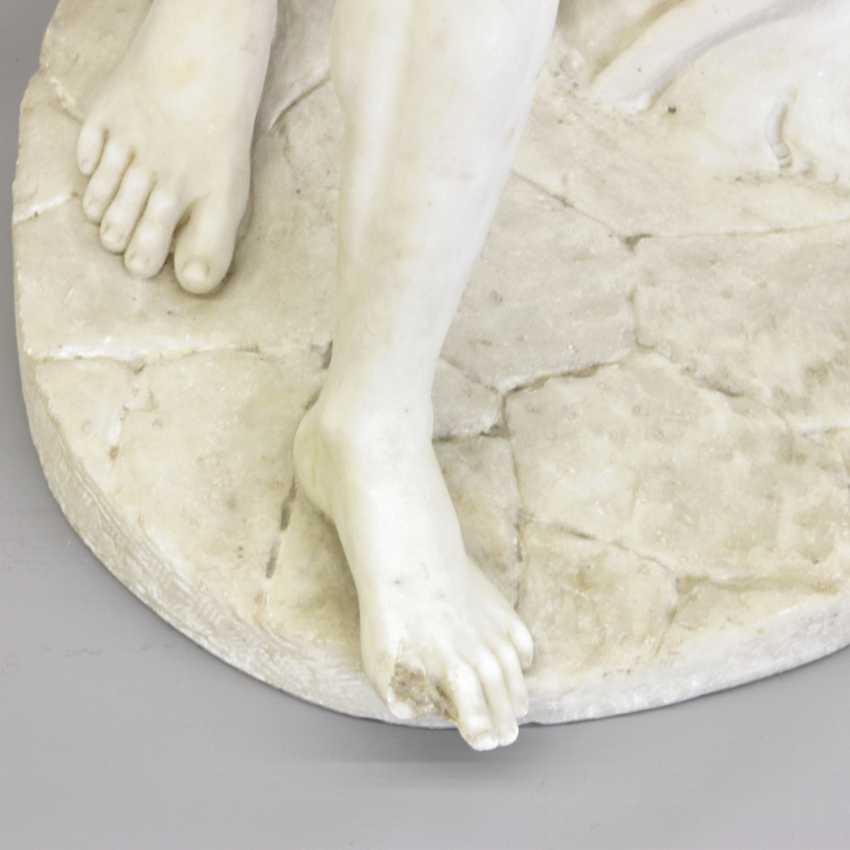 """ITALIENISCHER BILDHAUER DES 19. Jahrhundert, """"Silen mit Kind Dionysos (Bacchus)"""" - photo 7"""