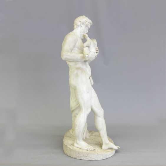 """ITALIENISCHER BILDHAUER DES 19. Jahrhundert, """"Silen mit Kind Dionysos (Bacchus)"""" - photo 2"""