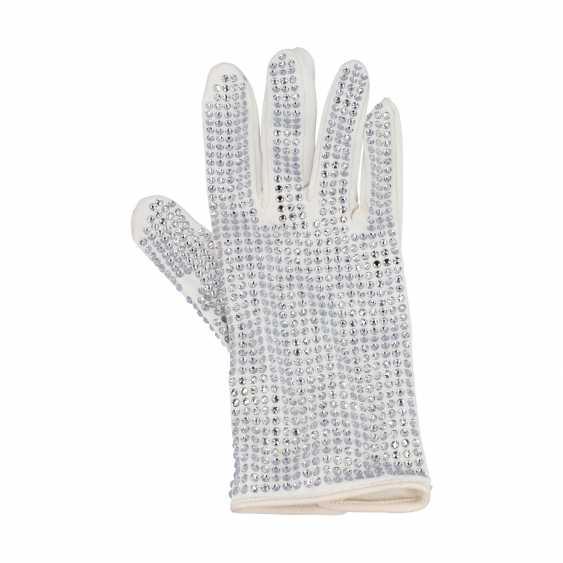 LOUIS VUITTON gloves-invitation to Paris fashion week, 2019. - photo 1