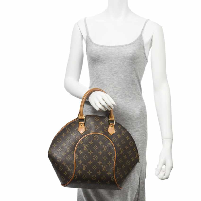 """LOUIS VUITTON VINTAGE handbag """"ELLIPSE MM"""", in the collection in 1997. - photo 2"""