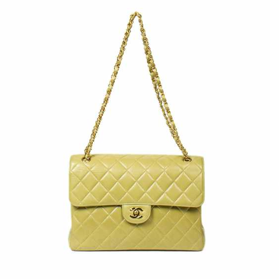 """CHANEL shoulder bag """"TWIN JUMBO"""", in the collection 1996/1997. - photo 1"""