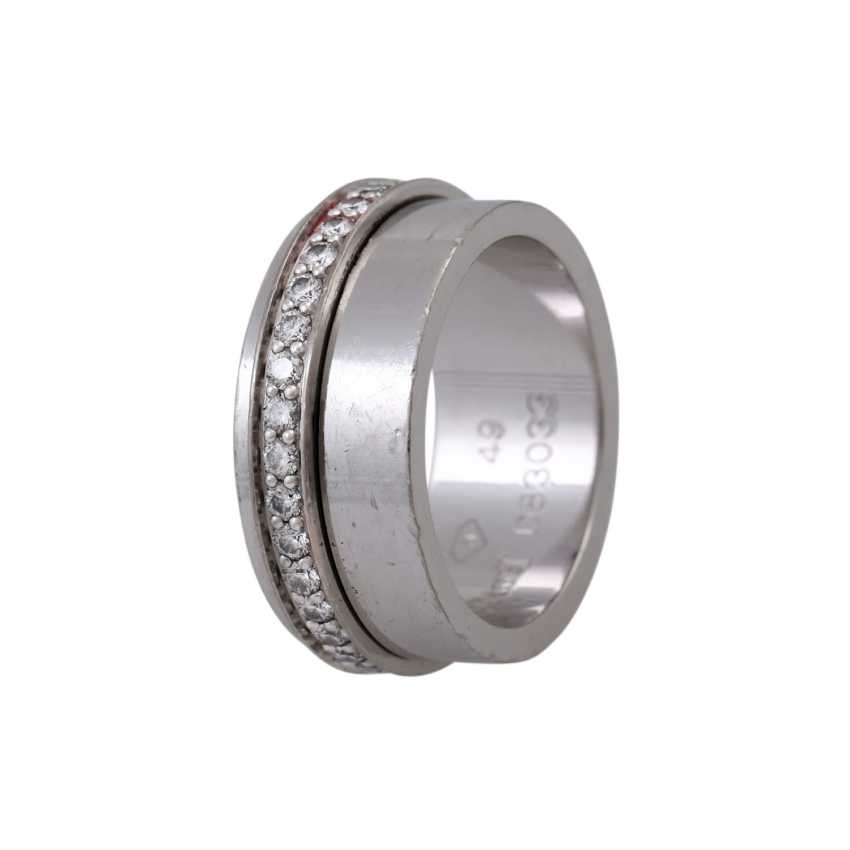 """PIAGET Ring """"Possession"""" with a mobile brilliant band - photo 4"""