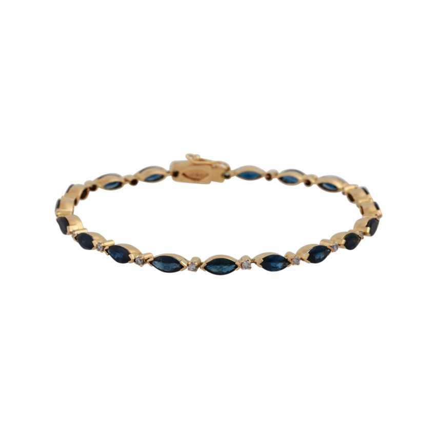 Bracelet bes. with 19 sapphires, approx. 4,5 ct., - photo 1