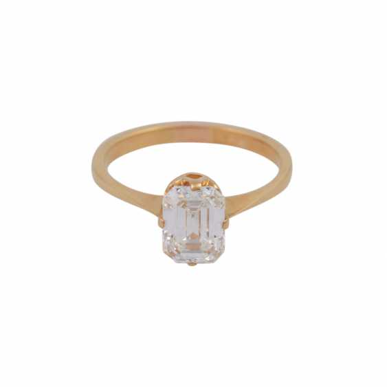 Exceptional solitaire ring, with diamond approx 1.9 ct, - photo 1