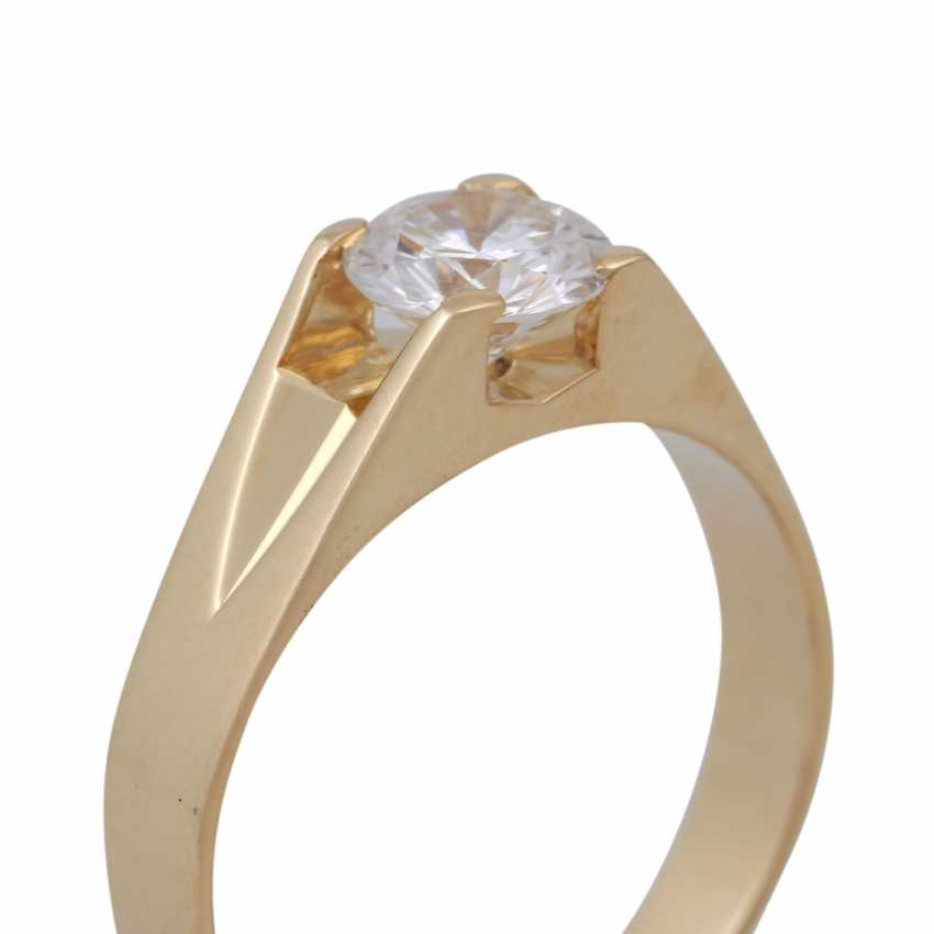 Solitaire ring with a brilliant of 1.01 ct, - photo 5