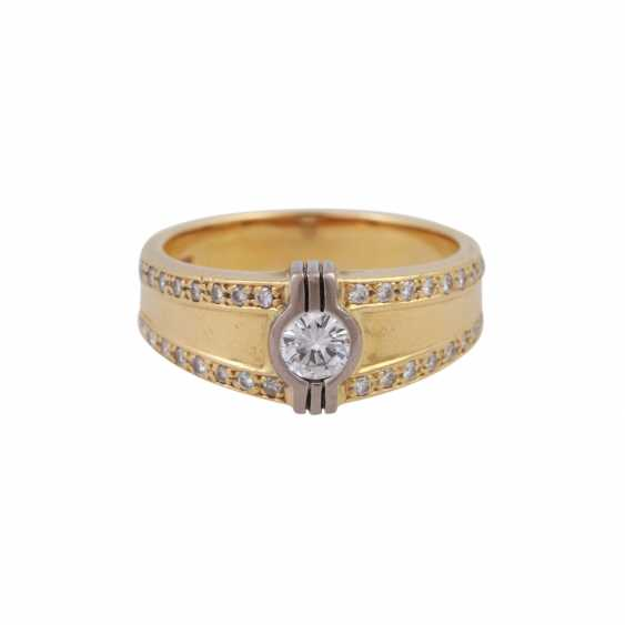 Ring with brilliant-cut diamonds, together CA. 0,55 ct - photo 1