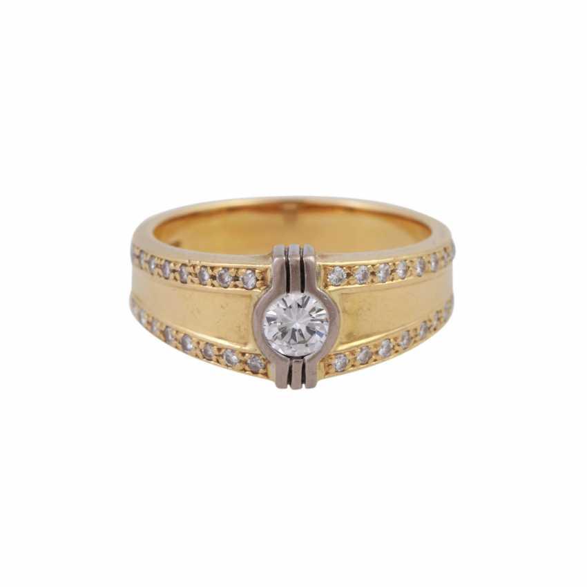 Ring mit Brillanten zusammen ca. 0,55 ct - Foto 1
