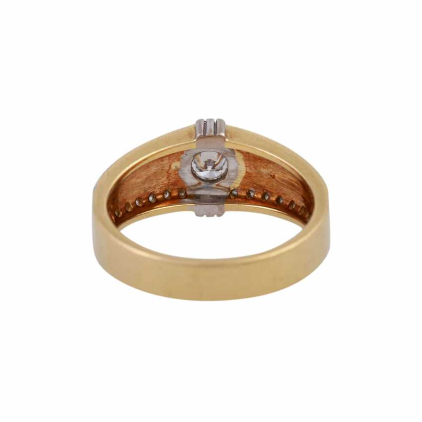 Ring with brilliant-cut diamonds, together CA. 0,55 ct - photo 4