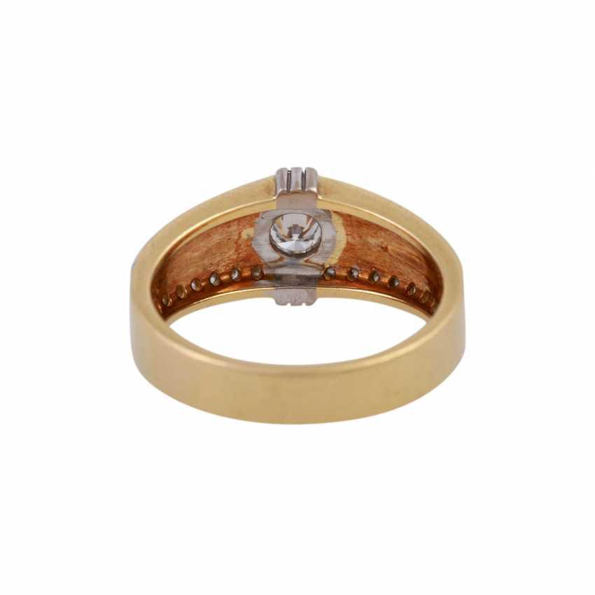 Ring mit Brillanten zusammen ca. 0,55 ct - Foto 4