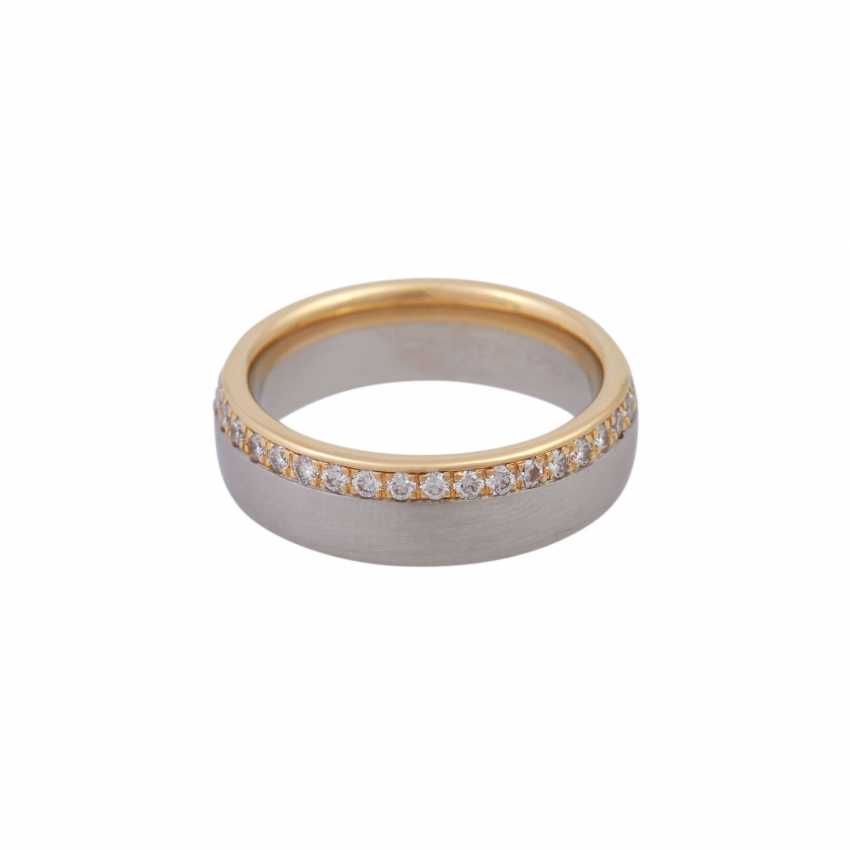 Ring, around bes. with brilliant-cut diamonds, together CA. 0,75 ct - photo 1