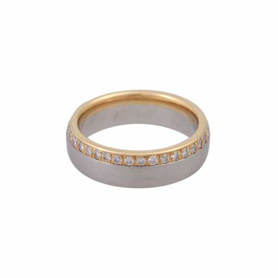 Ring, around bes. with brilliant-cut diamonds, together CA. 0,75 ct - photo 3