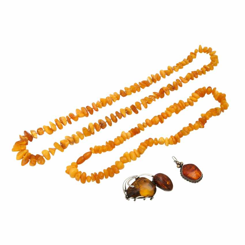 Mixed lot of 7 pieces: consisting of 4 amber necklaces, - photo 2