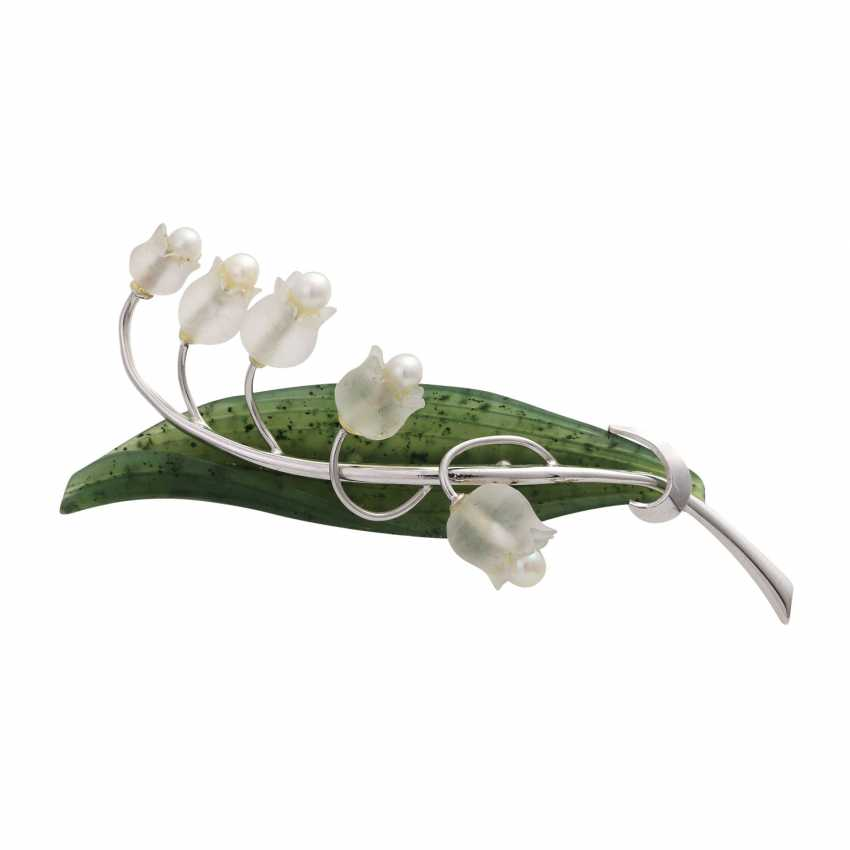 "Brooch ""Lily of the valley"" with mountain crystal, cultured pearl and nephrite - photo 1"