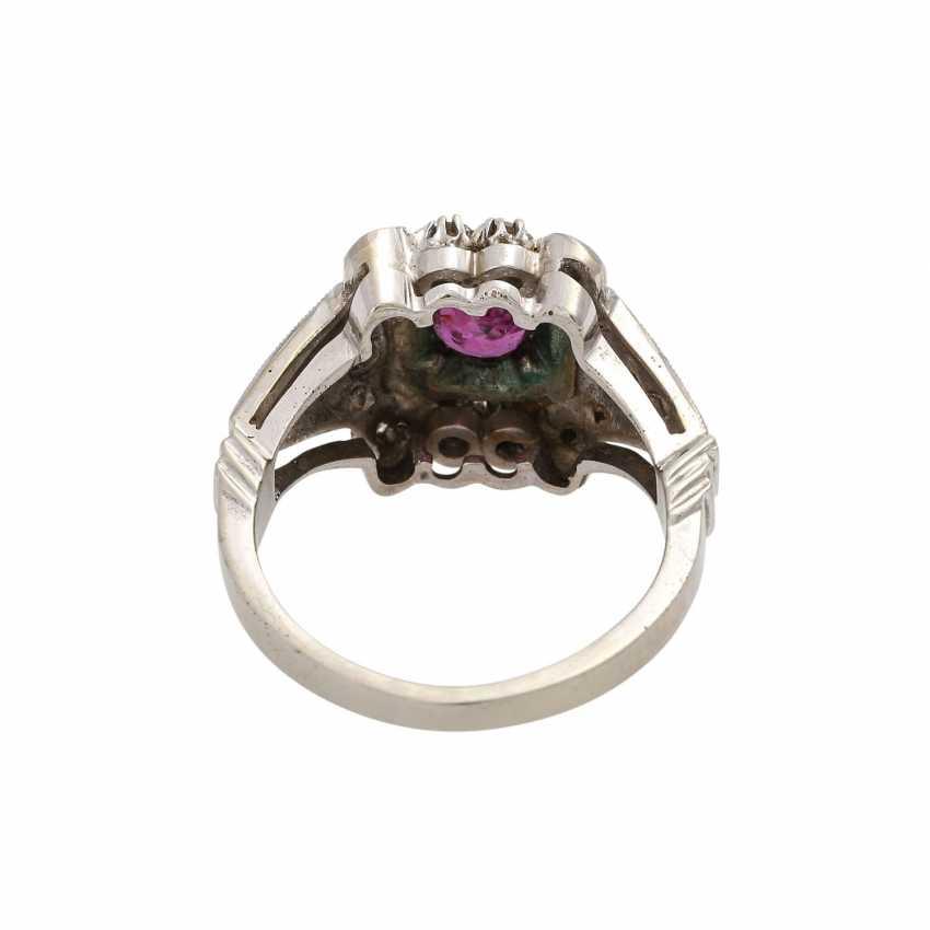 Art Deco Ring mit Rubin und Diamanten, - photo 4