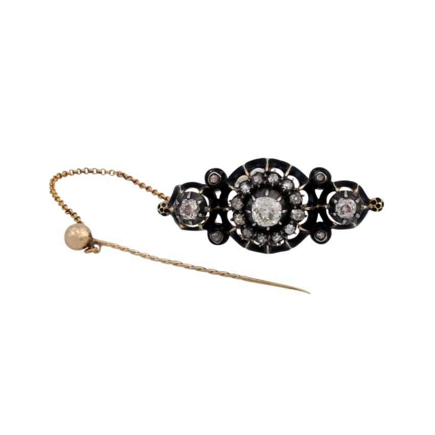 Brooch with old European cut diamonds and diamond roses, - photo 1