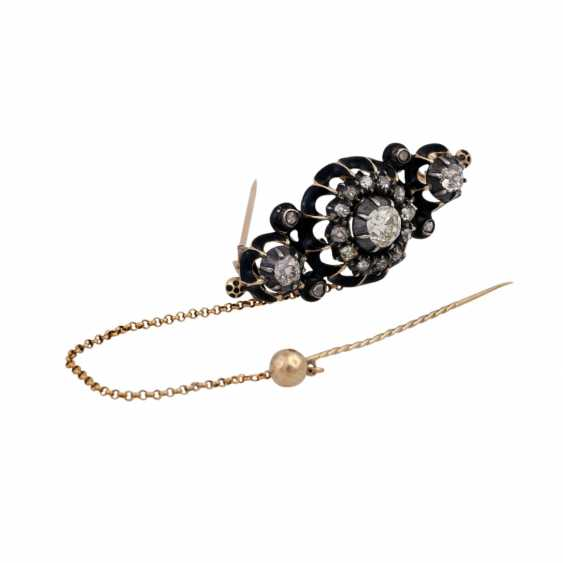 Brooch with old European cut diamonds and diamond roses, - photo 2
