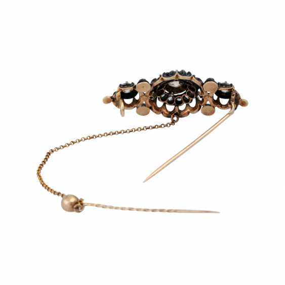 Brooch with old European cut diamonds and diamond roses, - photo 4