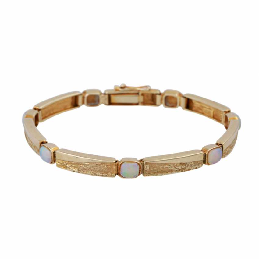 Bracelet with opals - photo 1
