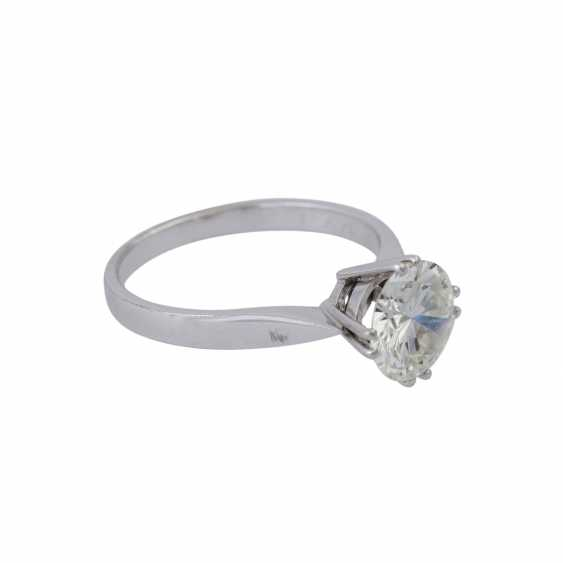 Solitaire ring with brilliant, approximately 1,73 ct (engraved), - photo 2