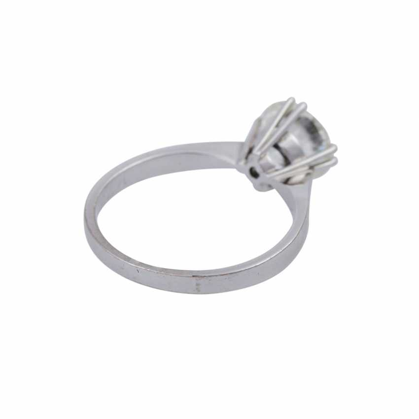 Solitaire ring with brilliant, approximately 1,73 ct (engraved), - photo 3