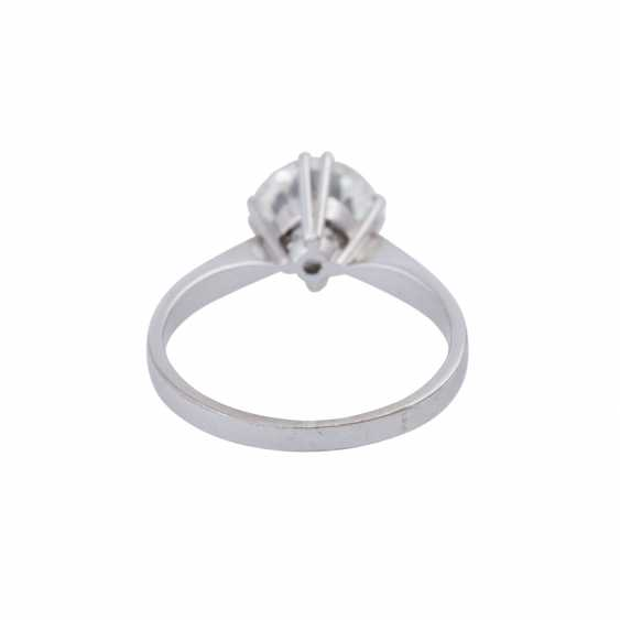 Solitaire ring with brilliant, approximately 1,73 ct (engraved), - photo 4