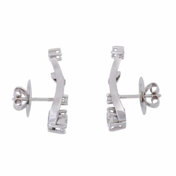 Stud earrings with brilliant-cut diamonds, together CA. 1 ct, FW (F-G)/VS-VVS, - photo 2