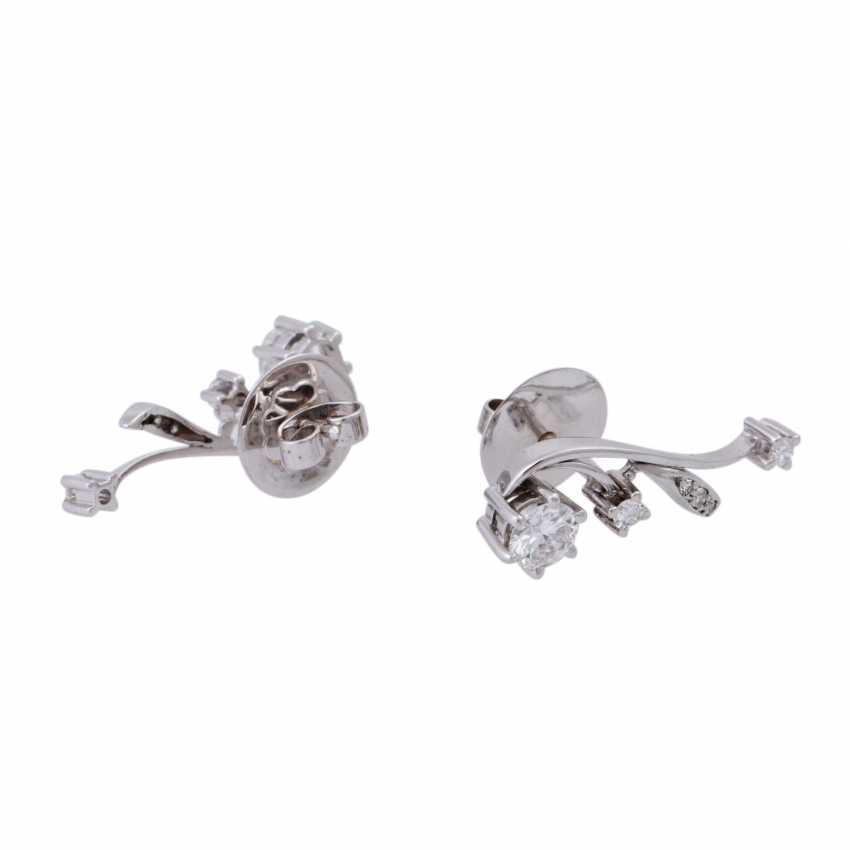 Stud earrings with brilliant-cut diamonds, together CA. 1 ct, FW (F-G)/VS-VVS, - photo 3