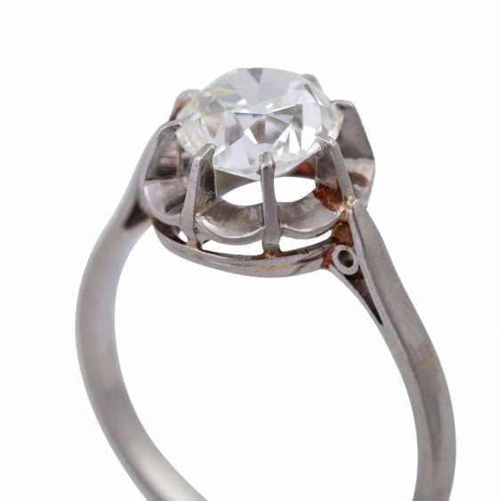 Solitaire ring with old European cut diamond of approximately 1 ct, - photo 5