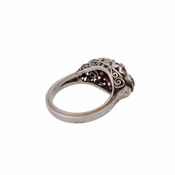 Ring mit ovalem Rubincabochon, ca. 0,5 ct - photo 3