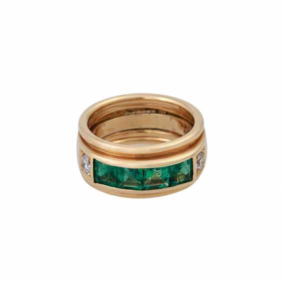 Ring with 4 Smaragdcarrés zusammen ca. 1,2 ct, - photo 1
