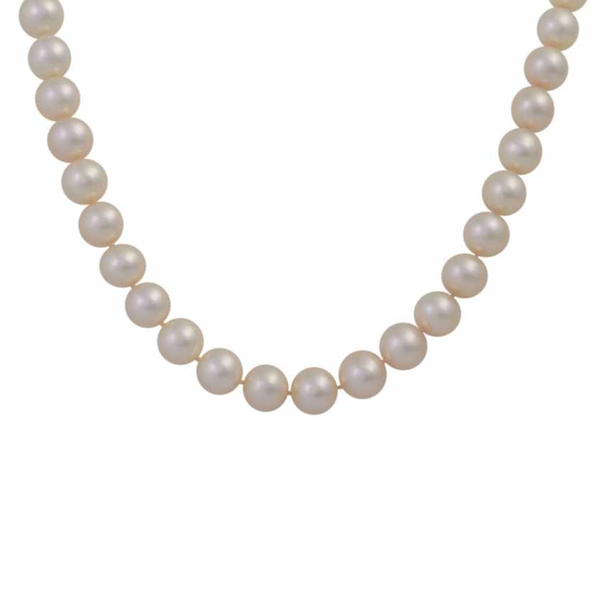 Fine Akoya Pearl Necklace, - photo 2