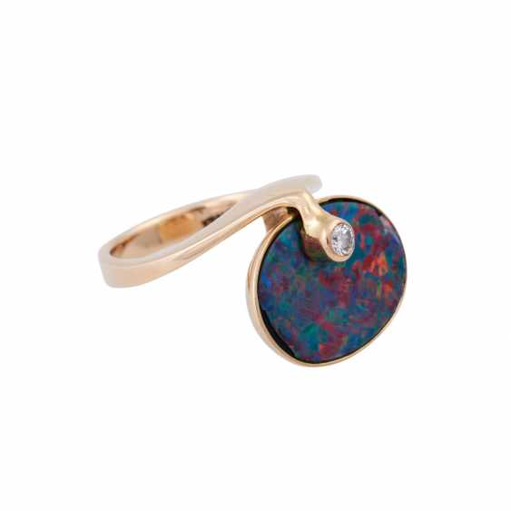 Ring with opal doublette and brilliant - photo 2