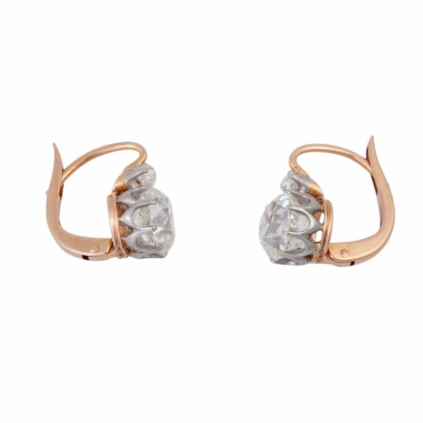 Pair of earrings with old European cut diamonds, together approx. 2,4 ct, - photo 2
