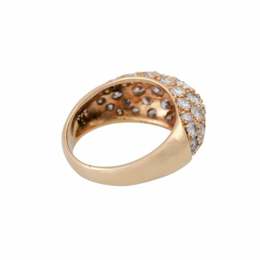 Ring set with numerous brilliant-cut diamonds, together approx. of 1.4 ct, - photo 3