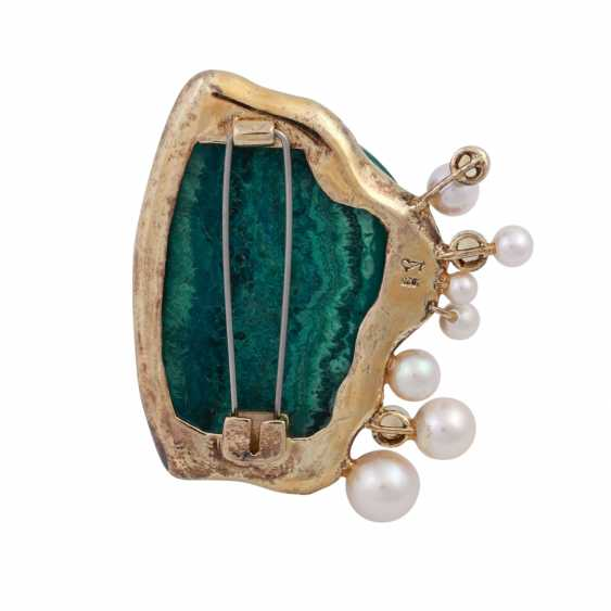 Brooch made of malachite with fish detail, cultured pearls and cubic Zirconia - photo 4