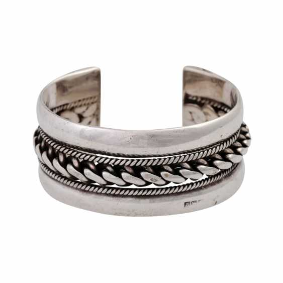 Silver bangle, - photo 1