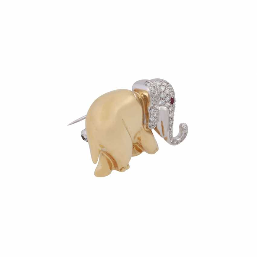 Brooch elephant with brilliant-cut diamonds, together approx 0,63 ct, - photo 2