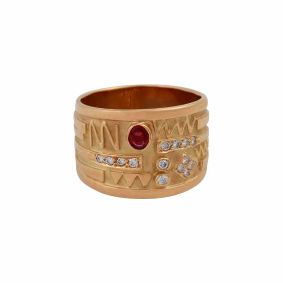 Ring with oval ruby and small diamonds, - photo 1