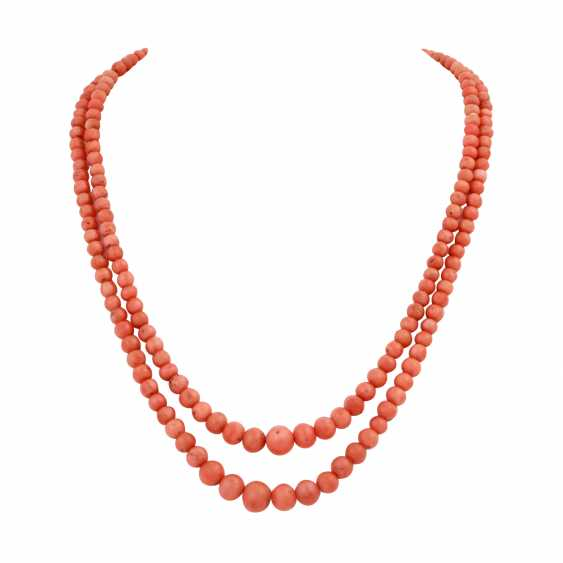 Group Of Coral Jewelry - photo 3