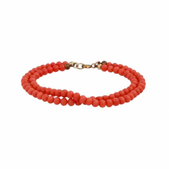 Group Of Coral Jewelry - photo 4