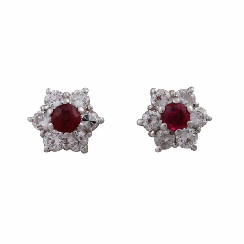 Pair of earrings with rubies and brilliant-cut diamonds, together approx 0.24 ct, - photo 4