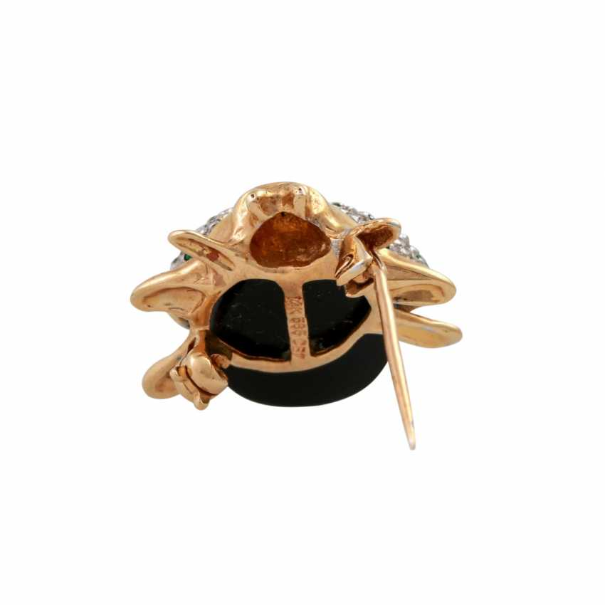 """Brooch """"beetle"""" made of Onyx and on the wings of bes. with brilliant, - photo 4"""