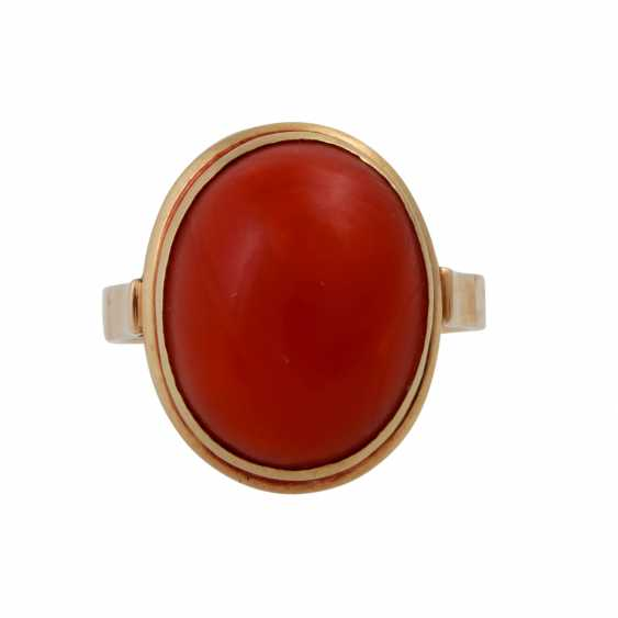 Ring with red coral, oval Cabochon, approx. 15,5x12 mm, - photo 1