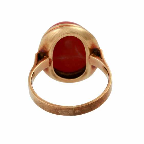 Ring with red coral, oval Cabochon, approx. 15,5x12 mm, - photo 4