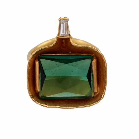 ATELIER MICHAEL ZOBEL Ring with green tourmaline, - photo 1