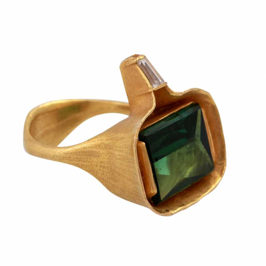 ATELIER MICHAEL ZOBEL Ring with green tourmaline, - photo 2