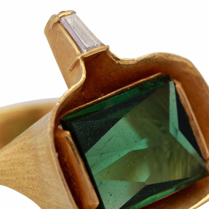 ATELIER MICHAEL ZOBEL Ring with green tourmaline, - photo 5